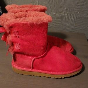 Ugg pink bow boots